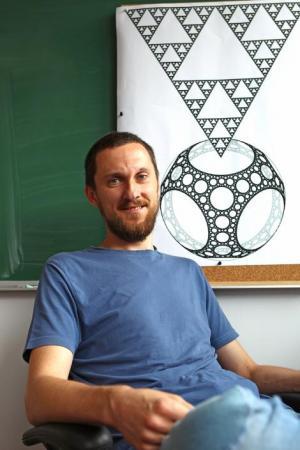 Piotr Niemiec zdobył laur Polityki za 2014 w kategorii nauk ścisłych